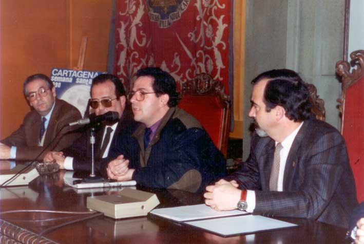 Con el alcalde cantonal D. Antonio Vallejo