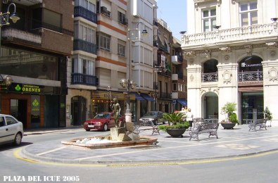 Plaza-del-Icue-1-2005