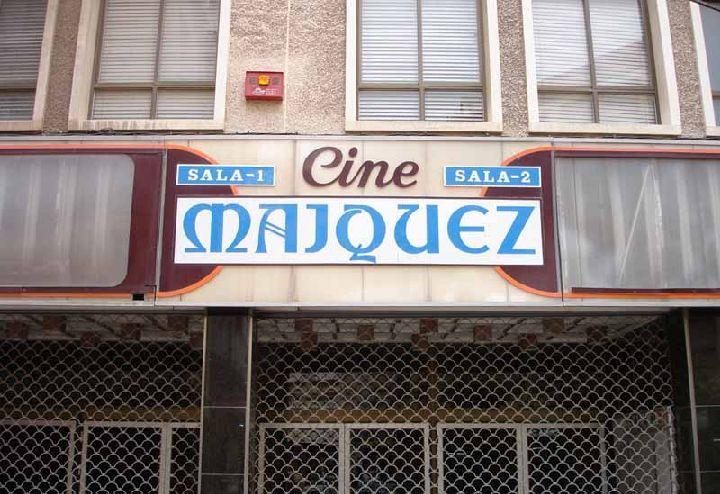 Fachada del desaparecido cine Máiquez.