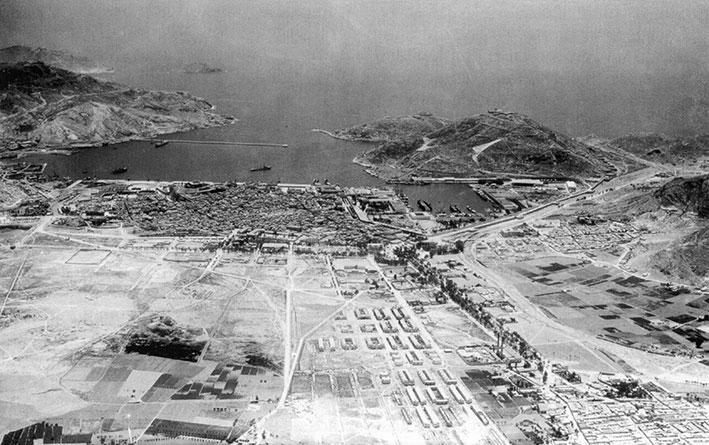 En este despoblado ensanche de Cartagena de 1930 se puede ver la alameda a la derecha.